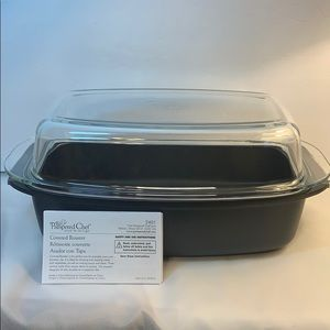 Pampered Chef Covered Roaster New in Original Box